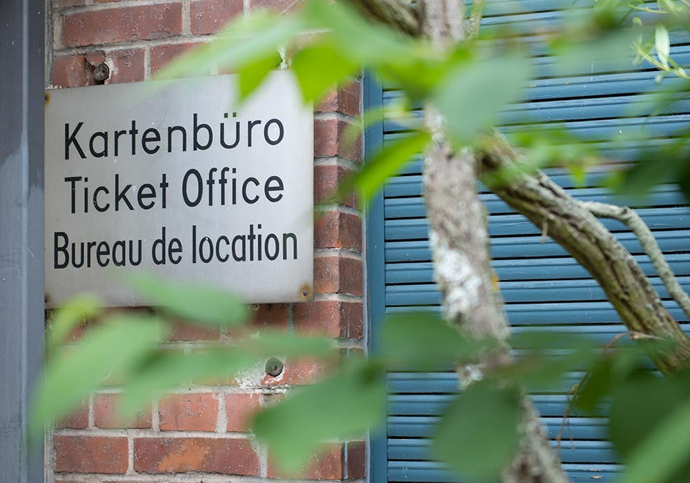 Bayreuth Festival: Kartenbüro - Ticket Office - Bureau de location